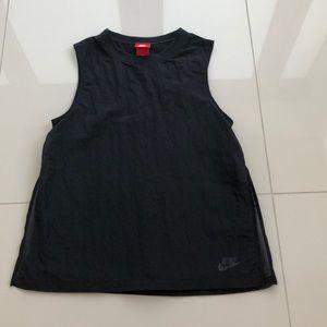 Women's Nike Sportswear Shirt
